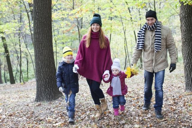 ジーンズを冬の寒い時期でも暖かく穿く!防寒テクと最新商品