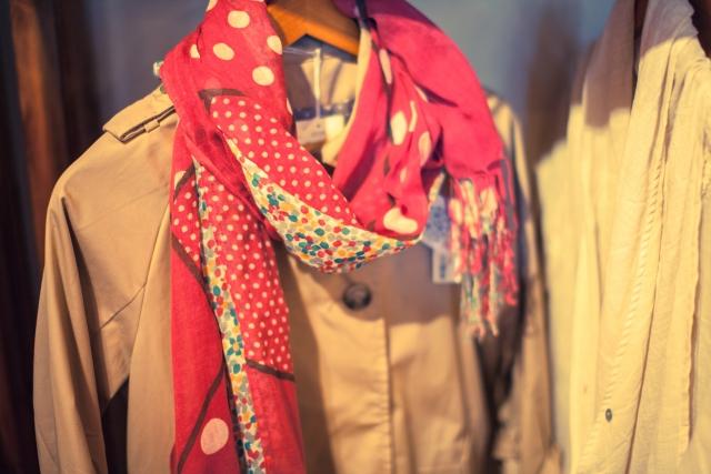 秋冬はコートだけじゃない!ストールを羽織るお洒落に注目!