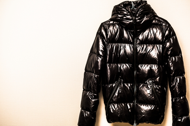 賢く選ぼう!ダウンジャケットの暖かさは何で違いが出る?