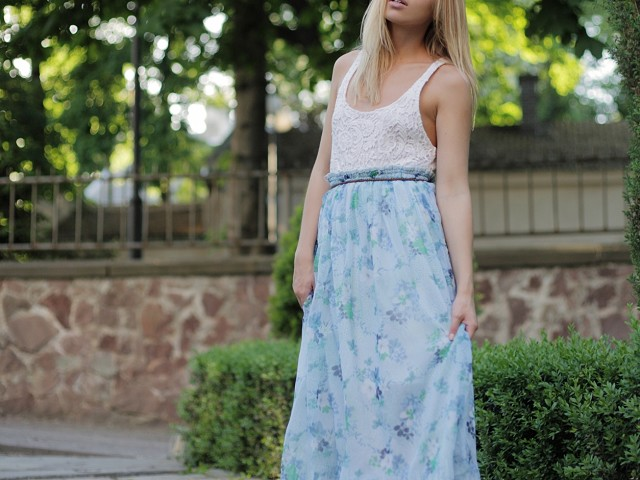 スカートを合わせるお洒落コーデ!夏はどうするのが正解?