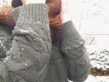 セーターにできる毛玉を簡単に取りたい!カミソリで取れる?