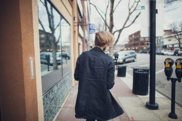 コートは冬の定番アイテム!男性にはブランドものがおすすめ