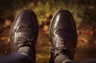 トラッドスタイルに合う靴は?メンズの足元を飾る靴コーデ